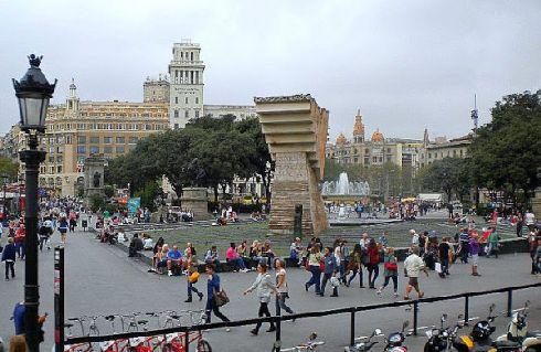 В октябре в Барселоне много солнечных дней, но и пасмурная погода не является исключением