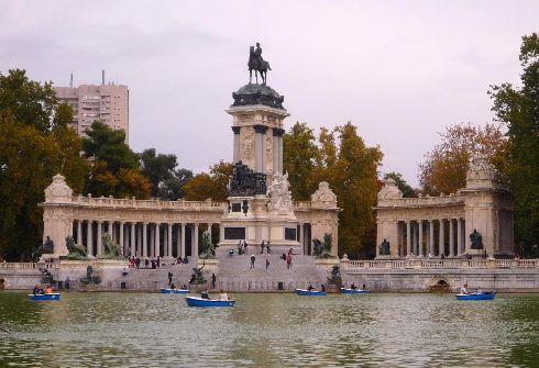 Осень в Мадрид приходит не сразу, а постепенно