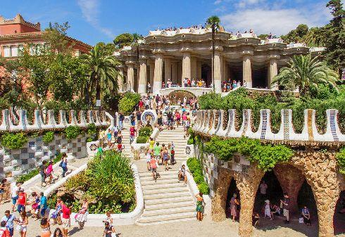 Барселона - один и самых популярных для посещения городов мира