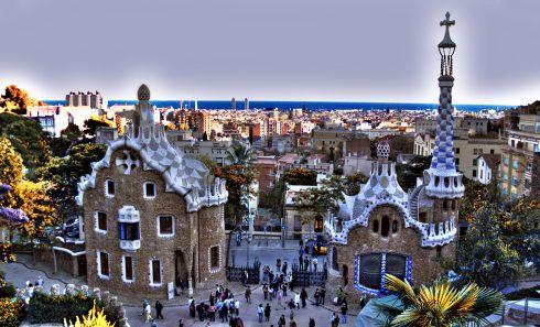 Зимой особенно приятно осматривать достопримечательности Испании, ведь туристов в это время намного больше, чем в сезон