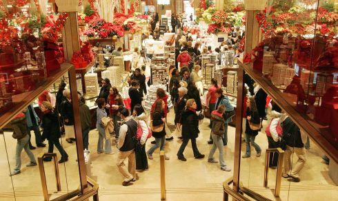 В середины зимы в Испании начинается сезон распродаж