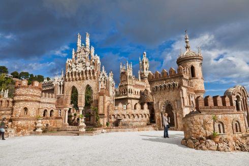 Замок Коломарес в Бенальмадене