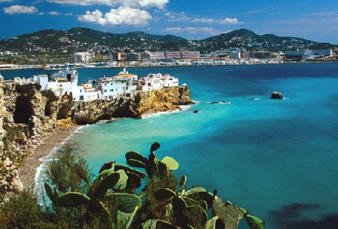 Тосса-де-Мар - один из многочисленных живописных городков Испании