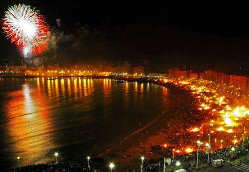 Праздник костров в Испании